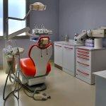 studio-dentistico-arzachena-meloni-pisano-odontoiatria-dentista-denti-sala-dentistica-003